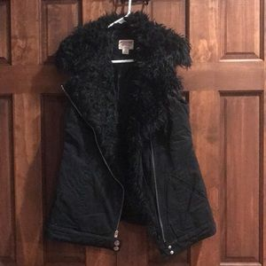 Target Vest with Faux Fur Collar